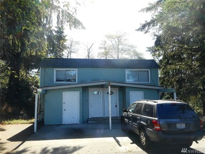 Everett Multi Family Home For Sale: 6124 Kenwood Dr