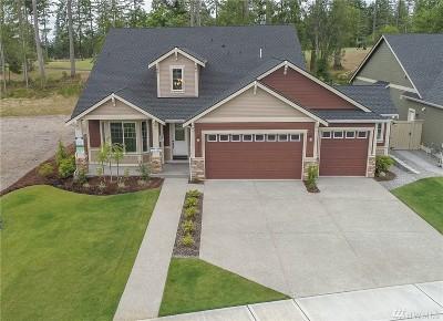 Single Family Home For Sale: 4256 Bogey Dr NE