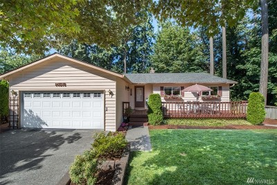 Woodinville Single Family Home For Sale: 14518 NE 184th Place