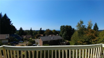 Kirkland Single Family Home For Sale: 10325 113th Ct NE