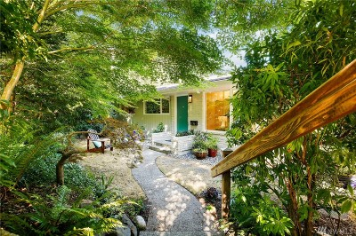 Seattle Single Family Home For Sale: 5700 38th Ave NE
