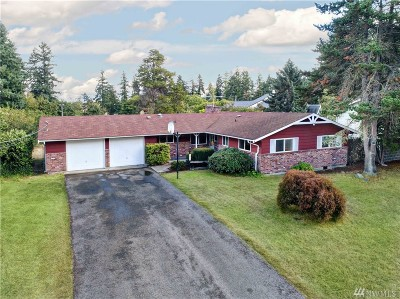 Tacoma Single Family Home For Sale: 6875 E Grandview St