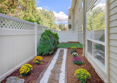 Bellevue Condo/Townhouse For Sale: 12631 NE 9th Place #C101