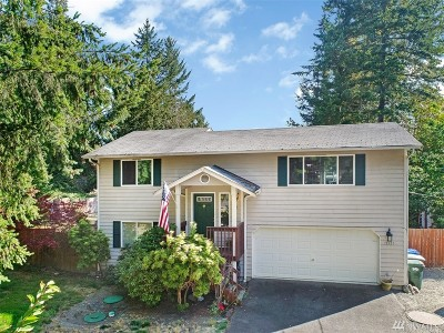 Puyallup Single Family Home For Sale: 15525 Woodland Ave E