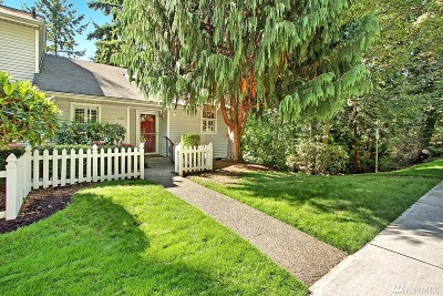 Kirkland Condo/Townhouse For Sale: 10013 NE 129th Place