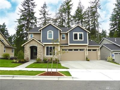 Single Family Home For Sale: 4223 Bogey Dr NE