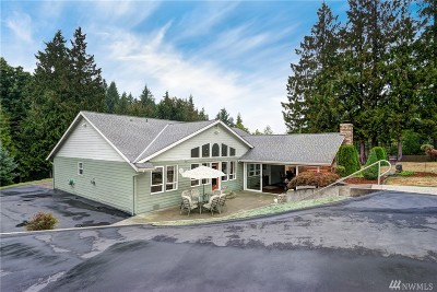 Stanwood Single Family Home For Sale: 17221 Marine Dr