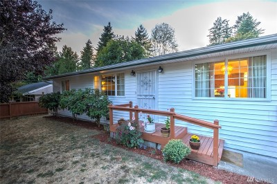 Mountlake Terrace Single Family Home For Sale: 24108 48th Ave W