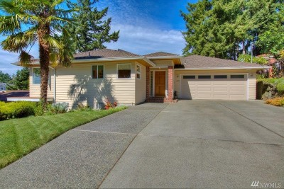 Burien Single Family Home For Sale: 2322 SW 120th St