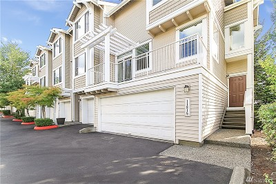 Bothell Condo/Townhouse For Sale: 11815 NE 162nd Ct #4-5