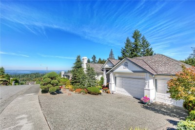 Newcastle Single Family Home For Sale: 8336 144th Ave SE