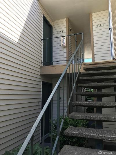 Everett Condo/Townhouse For Sale: 327 128th St SE #M223
