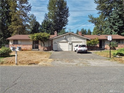 Puyallup Multi Family Home For Sale: 14512 125th Ave E