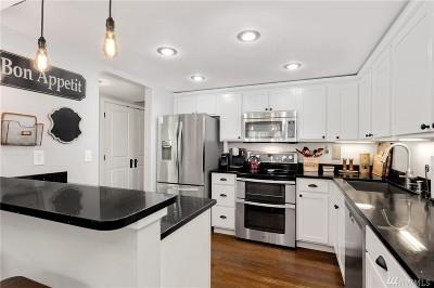 Seattle Condo/Townhouse For Sale: 2300 NE 89th St #2306