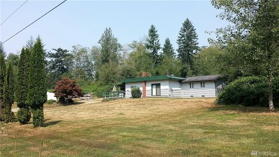 Mount Vernon Single Family Home Contingent: 23701 Gunderson Rd