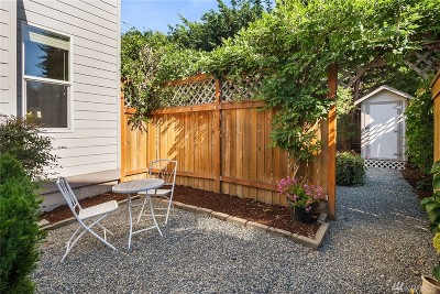 Bellevue Single Family Home For Sale: 11272 SE 60th St