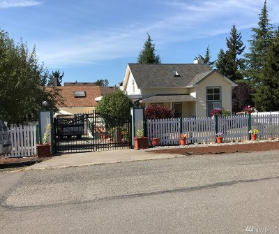 Des Moines Single Family Home For Sale: 25407 22nd Ave S