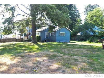 Everett Single Family Home For Sale: 6431 Olympic Dr