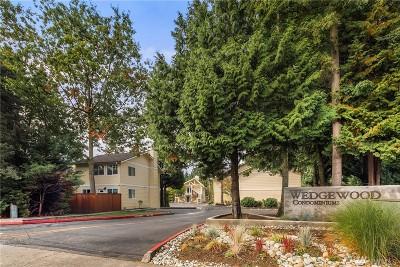 Bellevue Condo/Townhouse For Sale: 14606 NE 51st St #C7