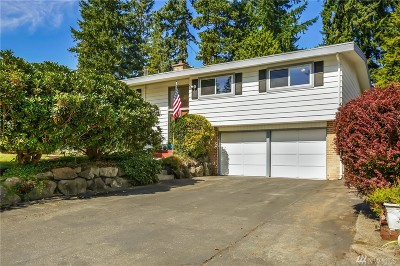 Lynnwood Single Family Home For Sale: 5721 178th Place SW