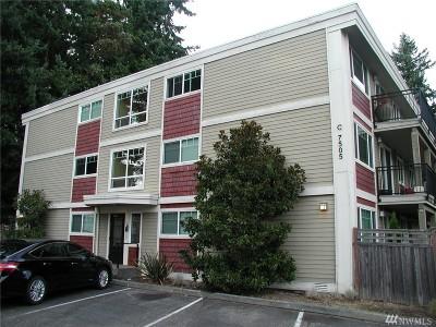 Edmonds Condo/Townhouse For Sale: 7505 212th St SW #C302
