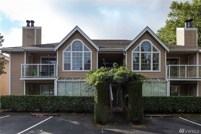 Lynnwood Condo/Townhouse For Sale: 16419 Spruce Wy #G4