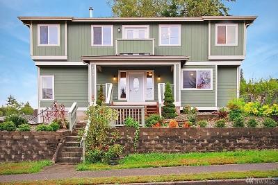 Everett Single Family Home For Sale: 1020 35th St