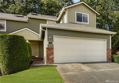Woodinville Condo/Townhouse For Sale: 18279 132nd Place NE