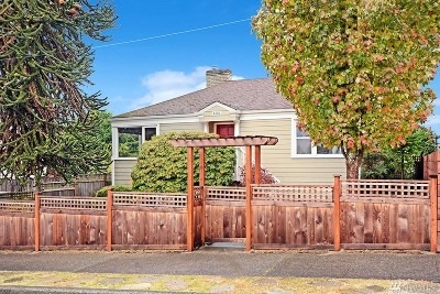 Seattle Single Family Home For Sale: 4140 SW Holden St