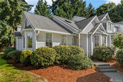 Bellevue Condo/Townhouse For Sale: 4250 144th Lane SE #26