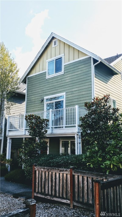 Lynnwood Condo/Townhouse For Sale: 15306 14th Ave W