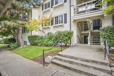Everett Condo/Townhouse For Sale: 12404 E Gibson #P103