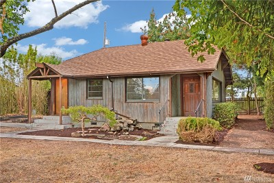 Seattle Single Family Home For Sale: 1825 SW 110th St