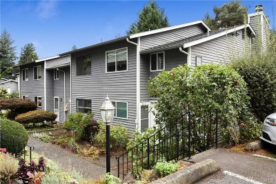 Kirkland WA Condo/Townhouse For Sale: $339,000