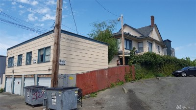 Everett Multi Family Home For Sale: 2930 Hoyt Ave