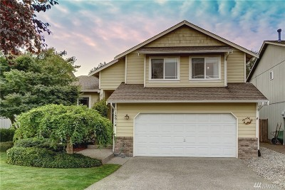 Puyallup WA Single Family Home For Sale: $300,000