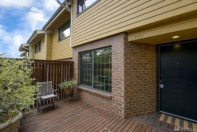 Seattle Single Family Home For Sale: 2587 E Madison St