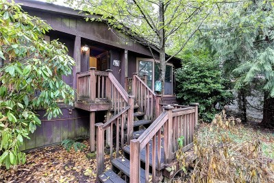 Redmond Single Family Home For Sale: 3325 279th Ave NE