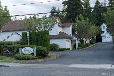 Edmonds Condo/Townhouse For Sale: 8828 238th St SW #B1