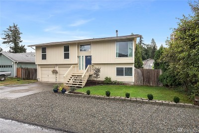 Maple Valley Single Family Home For Sale: 21833 SE 271st St