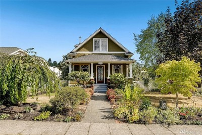 Seattle Single Family Home For Sale: 5612 40th Ave SW
