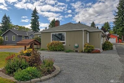 Everett Single Family Home For Sale: 6424 Highland Dr