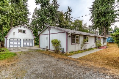 Kenmore Single Family Home For Sale: 8018 NE 155th St