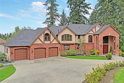 Woodinville Single Family Home For Sale: 13740 220th Place NE
