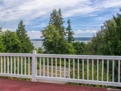 Port Ludlow Single Family Home For Sale: 42 Maxview Dr