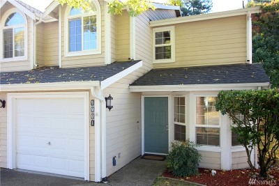 Lacey Condo/Townhouse For Sale: 5901 Chardonnay Dr SE