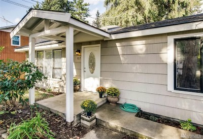 Everett Single Family Home For Sale: 127 W Marilyn Ave