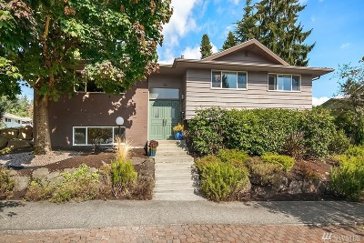 Seattle Single Family Home For Sale: 3804 NE 68th St