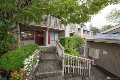 Redmond Condo/Townhouse For Sale: 8067 170th Place NE
