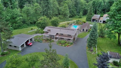 Maple Valley Single Family Home For Sale: 20231 261st Place SE